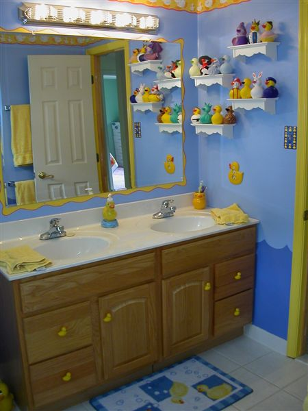Duckplanet.com: Sandy's Ducky Bathroom