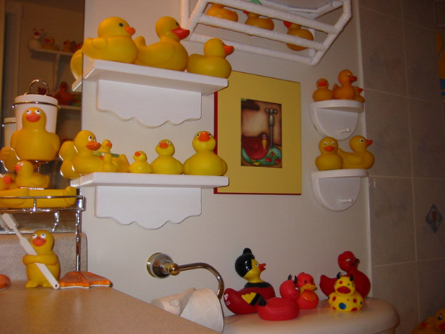 Click Photo for Larger Image. Duckplanet com  Sharon  39 s Ducky Bathroom